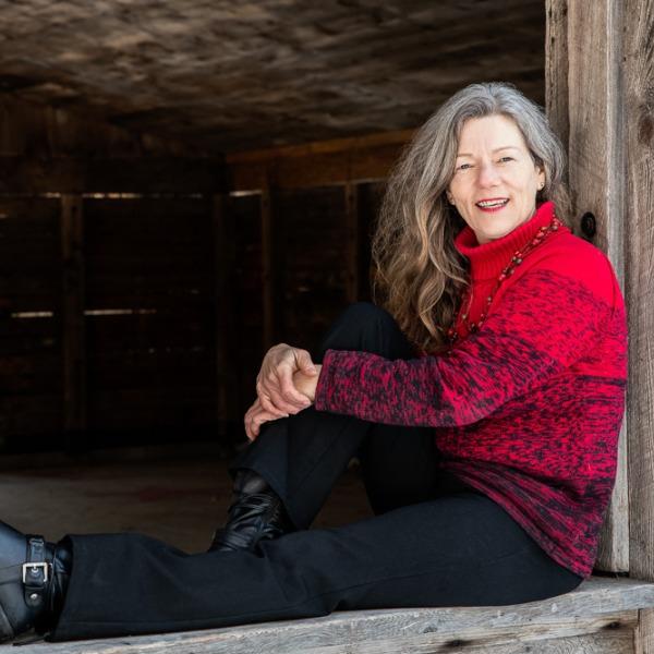 Profile artwork for Cathy Nesbitt